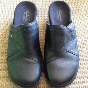 Clarks Shoes - CLARKS Black Leather May Cup Slip on Clogs 6.5